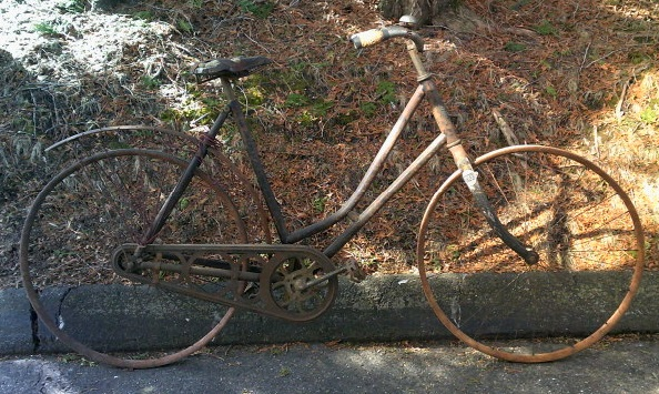 VERY VINTAGE 1890's BICYCLE!